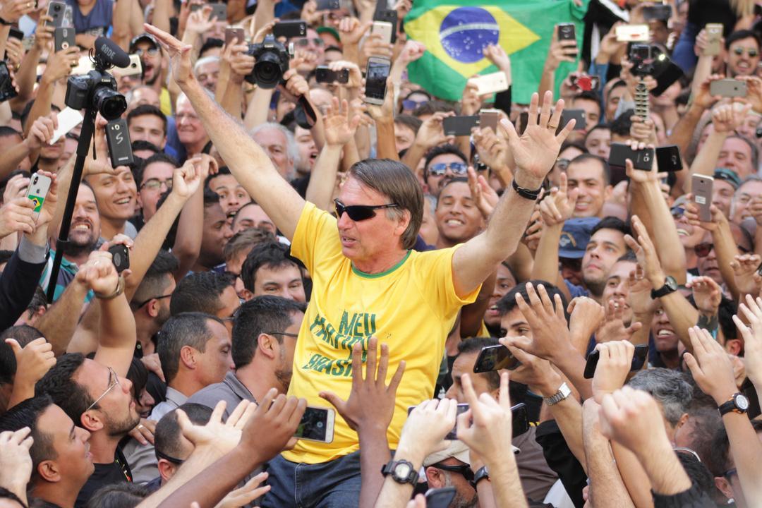 Atentado a Bolsonaro: o que está além da facada?