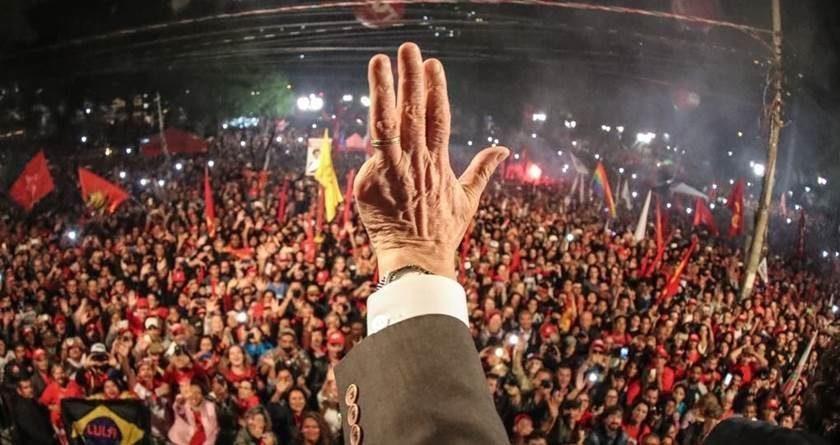 O PT não consegue criar frente política contra Bolsonaro